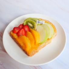 ขนมปังปิ้งแยมส้มผลไม้สด