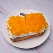 ขนมปังปิ้งกล้วยฝอยทองวิปครีม